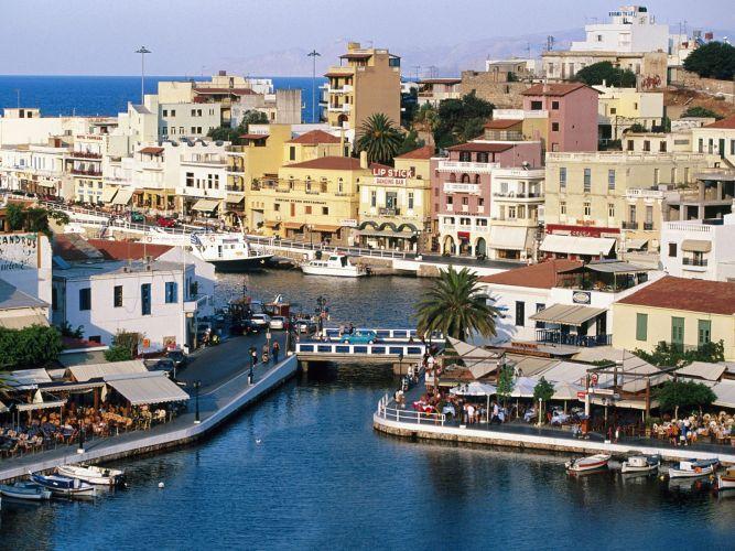 Port typique crete