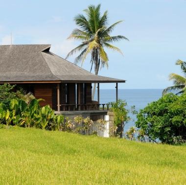 Villa 2 ch en front de mer