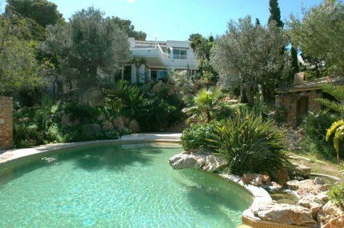 A louer très belle propriété à Ibiza